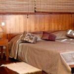 Palm Hotel Antananarivo : la suite, lit XXL